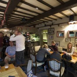 Socialising at Clothworkers Arms Sutton Valence 1
